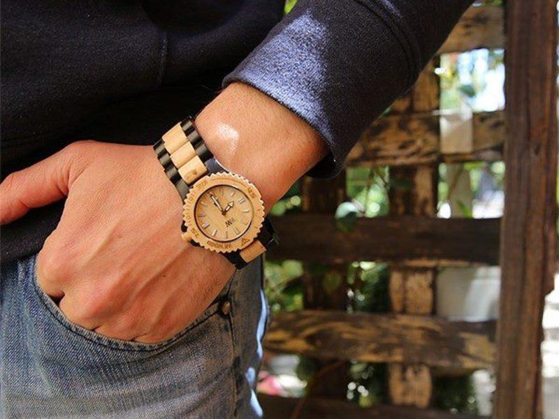 Relógio de Madeira