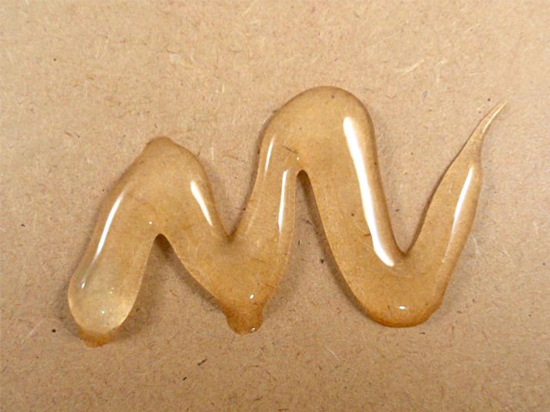 Adesivo multiuso a base d'agua